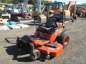 2011 Kubota ZD331 Zero Turn Mower