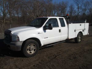 2005 Ford F-350 XL Utility Body Truck