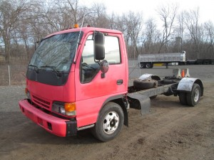 2000 Isuzu Cabover Cab and Chassis