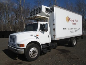 1999 International 4700 S/A Refrigerated Box Truck