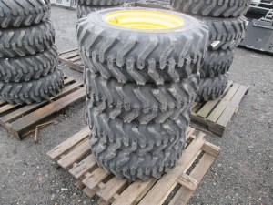(4) Camso 10-16.5 Skid Steer Tires With Rims