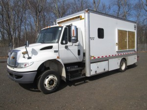 2009 International 4300 Curb Van