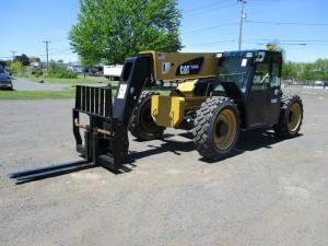 2014 Caterpillar TL943C Telescopic Forklift