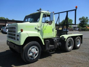 1979 International F2275 T/A Attenuator Truck