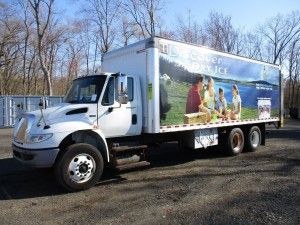 2012 International 4400 T/A Box Truck
