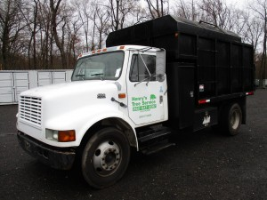 1998 International 4700 S/A Chip Truck
