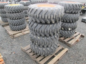 (4) Camso 12-16.5 Skid Steer Tires With Rims
