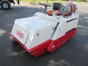 Tennant 240 Ride On Vac/Sweeper