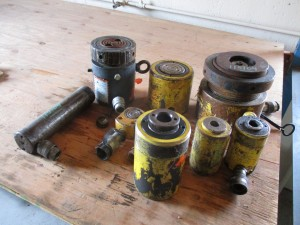 Quantity of Hydraulic Jacks