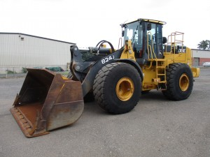 2005 John Deere 824J Rubber Tire Wheel Loader