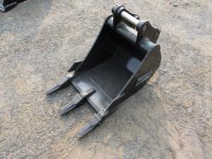 """18"""" Excavator Bucket With Teeth"""