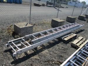28' Aluminum 2 Stage Ladder,
