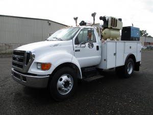 2006 Ford F-650 XLT S/A Service Truck