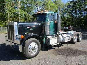 2003 Peterbilt 379EX T/A Tractor