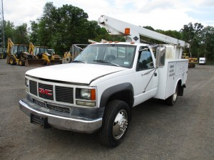 1993 GMC 3500HD Bucket Truck