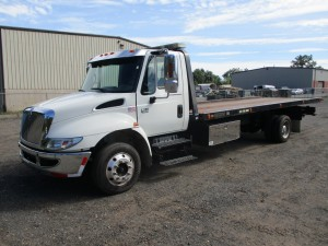 2007 International 4300 S/A Rollback Truck