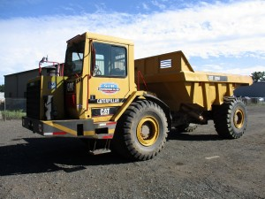1990 Caterpillar D25D Articulated Haul Truck