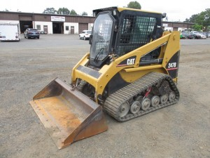 2004 Caterpillar 247B Track Skid Steer