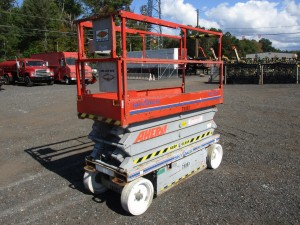 Skyjack SJ3226 Electric Scissor Lift