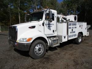 2009 Peterbilt 335 S/A Service Truck