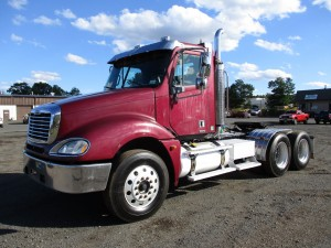 2006 Freightliner Columbia T/A Tractor