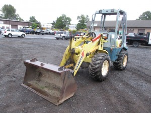 1999 Yanmar V4-3 Rubber Tire Wheel Loader