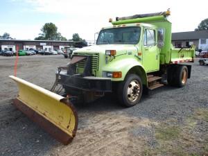 1999 International 4700 S/A Dump Truck
