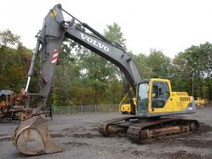 2004 Volvo EC240B LC Hydraulic Excavator
