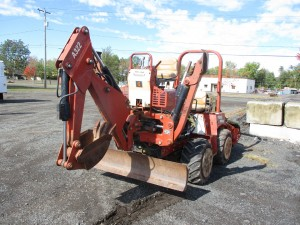 2004 Ditch Witch RT40 Tractor