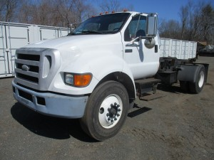 2007 Ford F-750 S/A Hook Lift Truck