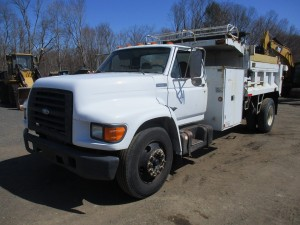 1997 Ford F-Series S/A Dump Truck