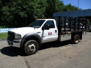 2005 Ford F-550 XL Flatbed Dump Truck