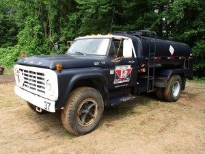 1978 Ford F-700 S/A Fuel Truck