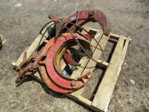 """(2) 16"""" Pipe Clamps"""