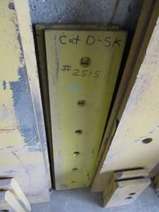 Quantity of CAT D5K Cutting Edges