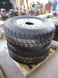 (2) Michelin 425/65R22.5 Tires